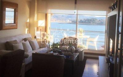 Piso con terraza y vistas al mar en Baiona