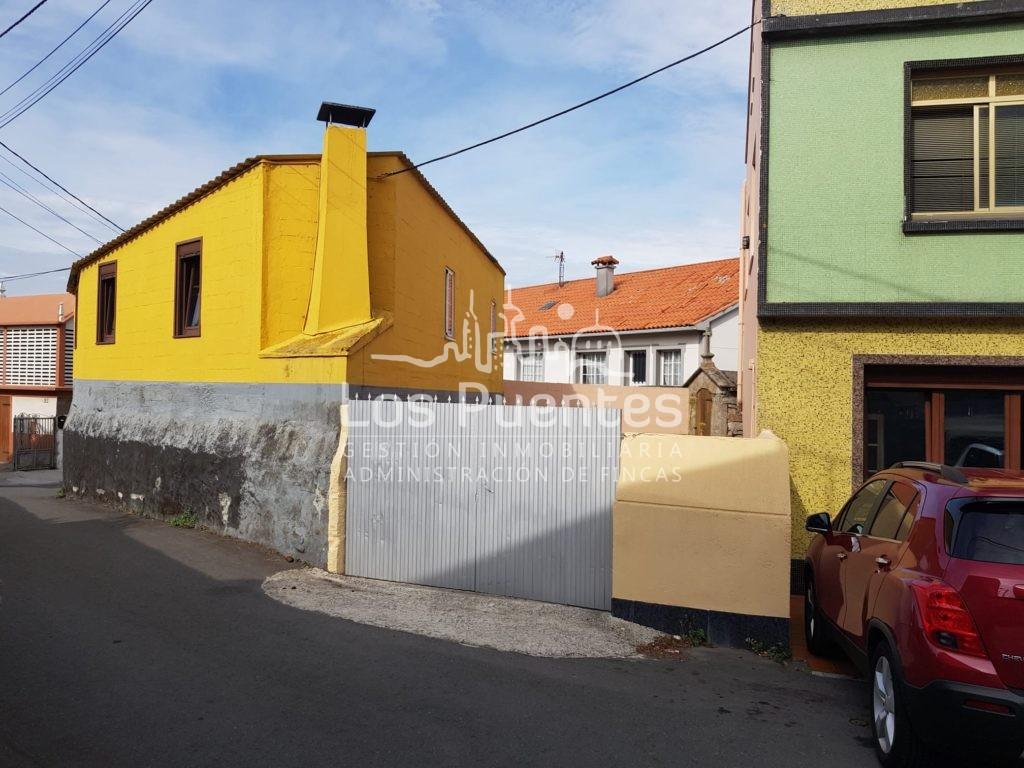 Casa en venta en Suevos. Arteixo